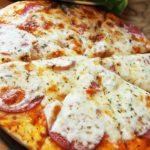 日本初のピザ自販機「ピザ24時間注文できれば」という熱い思いで実現!